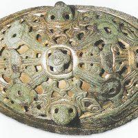 Бронзовая позолоченная брошь прекрасной работы викингов