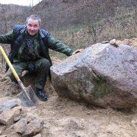 Он нашел живой камень