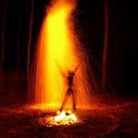 Ночной огненный дождь в местах силы