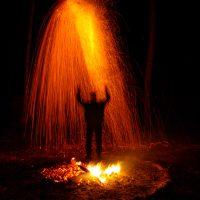 Ночной огненный дождь в месте силы